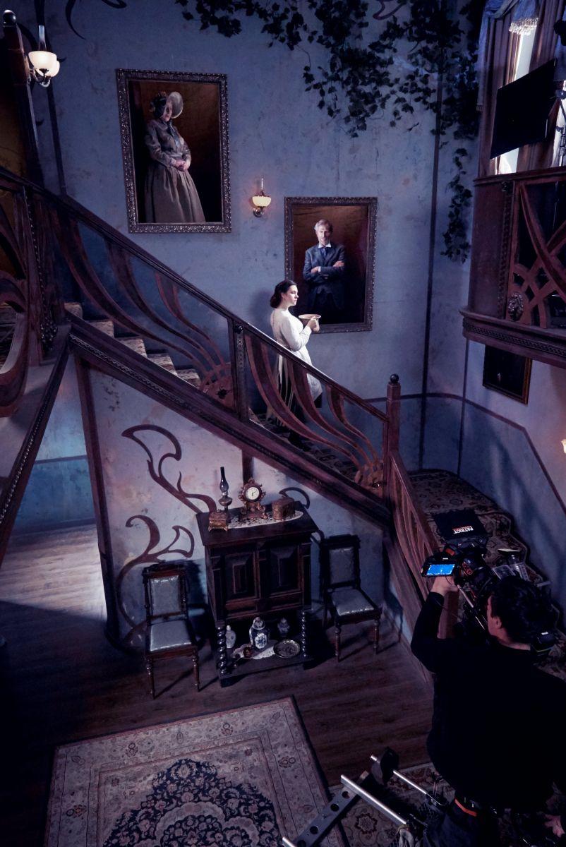 """Фокусники, акробати і еротика: як знімали фільм """"Віддана"""" за романом Софії Андрухович (фото), фото-3"""